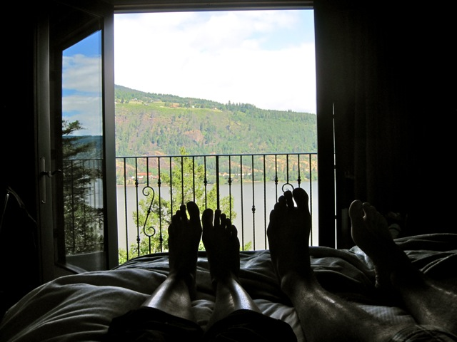 columbia-gorge-hotel-view