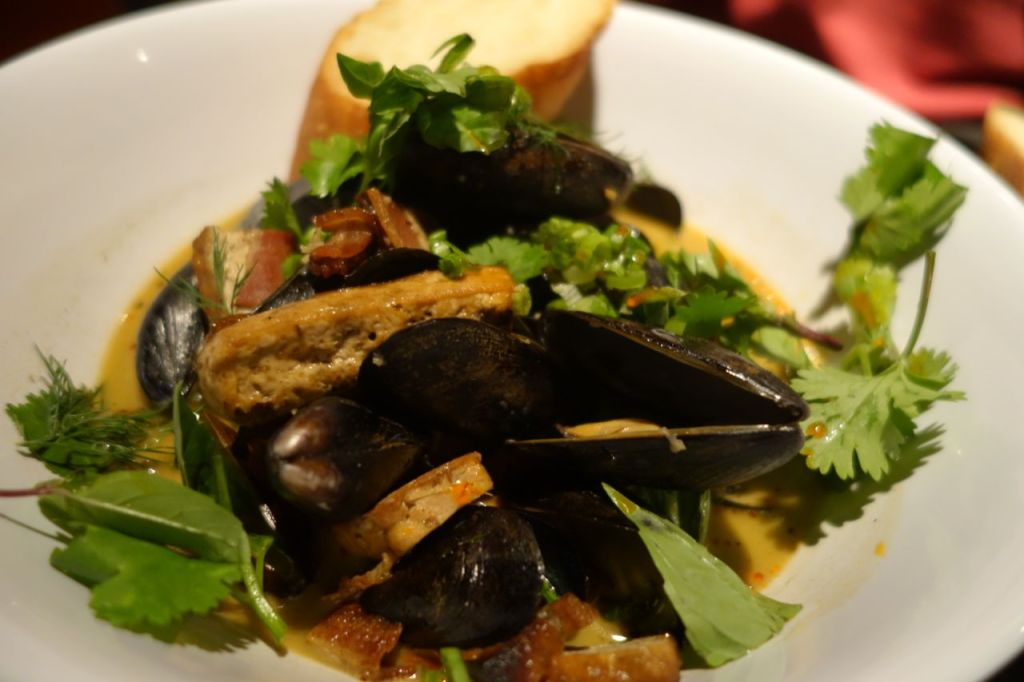 Mussels for dinner at Hot Joy