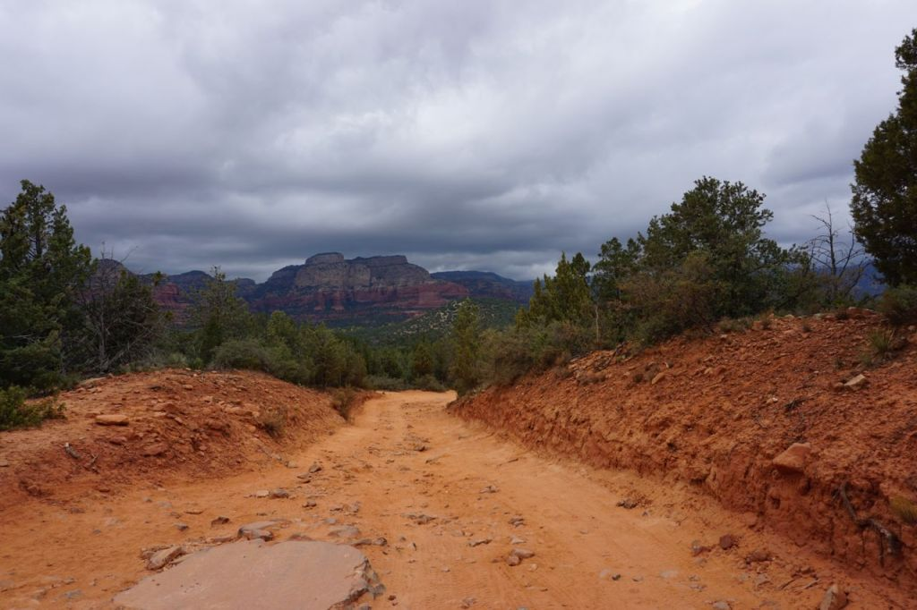 The trail/road to Devils Bridge.