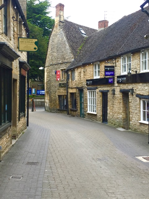 Loved all the sweet streets and buildings in Stow on the Wold.