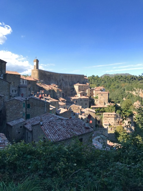 Find out how I discovered this town of Sorano, Italy. Such a great hidden gem.